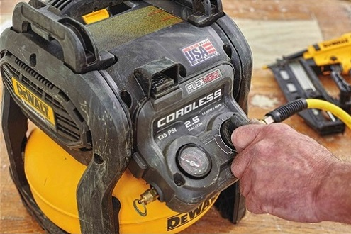 air compressor inflator rechargeable cordless